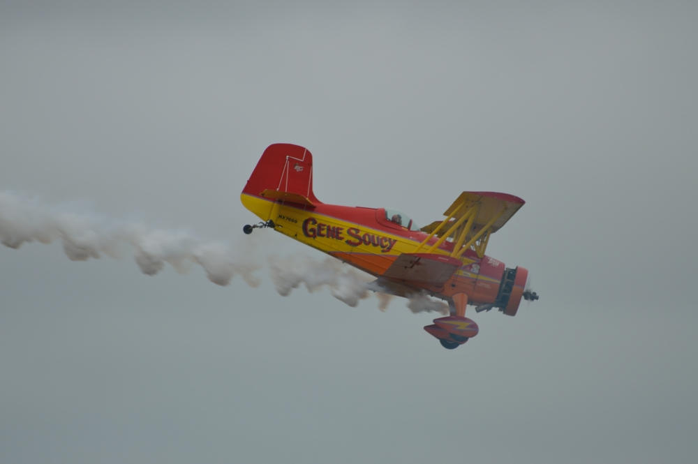 One thing nice about planes that move slower. They can be easier to photograph. Notice how gray the skies are getting.